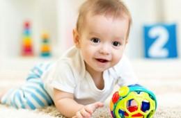 Cho bé 8 tháng tuổi uống sữa gì để tăng cân