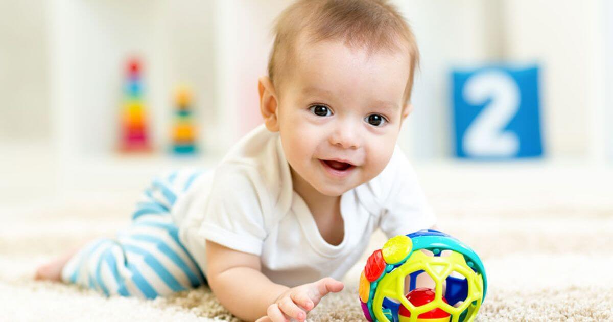 Bé 8 tháng tuổi uống sữa gì tăng cân tốt?