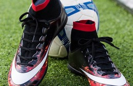 Các mẫu giày thể thao siêu hot của các ngôi sao bóng đá