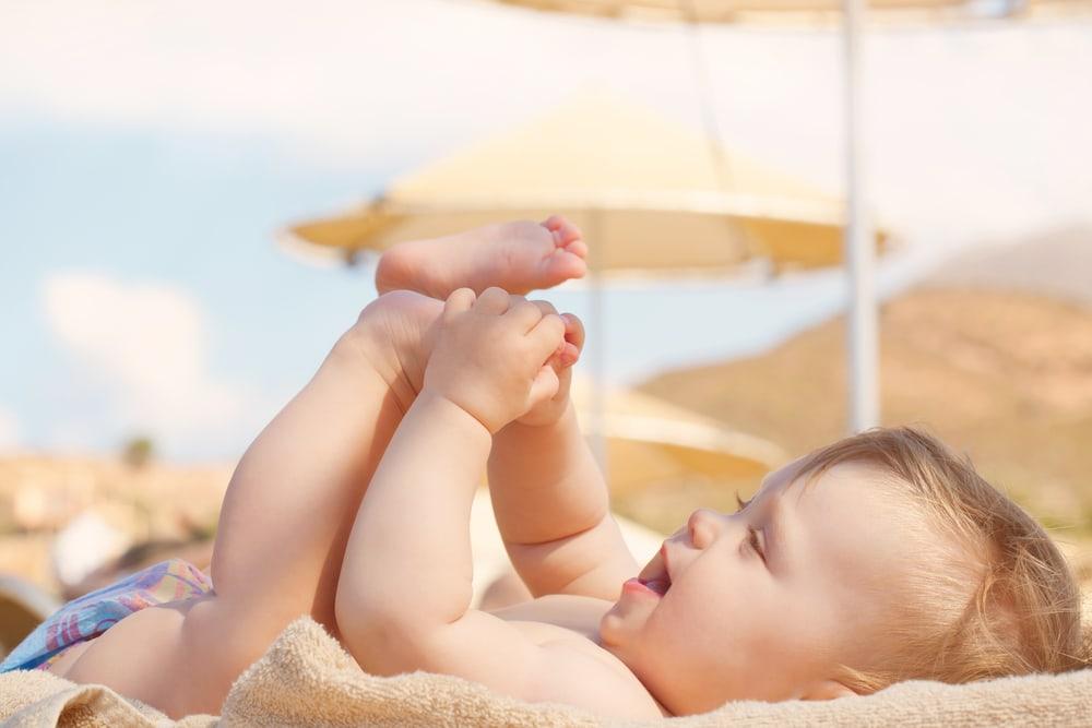 Mách mẹ tăng cường đề kháng cho trẻ dưới 6 tháng tuổi
