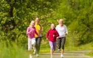 9 thói quen và hoạt động giúp bạn yêu đời và sống lâu hơn