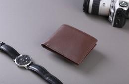 Chọn ví da nam hợp mệnh để tiền dư dả